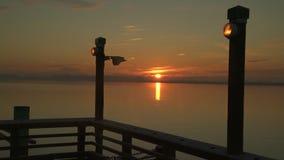 Fraser River Pier Sunrise 4K UHD clips vidéos