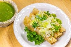 Frasiga Fried Tacos Fotografering för Bildbyråer