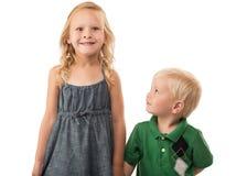 Fratello che esamina sorella sciocca Fotografie Stock