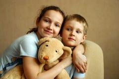 Fratello e la sorella Immagine Stock