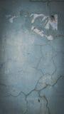 Fraturas na parede do cimento imagem de stock royalty free