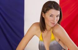 Frau über Frankreich-Markierungsfahne Lizenzfreie Stockbilder
