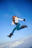 Frau auf dem Schneefeld Stockbild