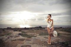 Frau auf einer Reise Stockfoto