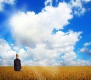 Frau auf Feld Stockfotos