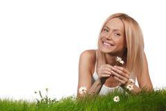 Frau auf Gras Stockfotos