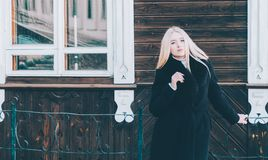 Frau auf Straße Stockbilder