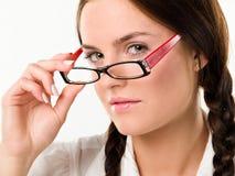 Frau in den Gläsern Stockbild