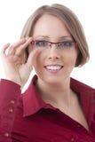 Frau in den roten Gläsern Lizenzfreie Stockfotografie