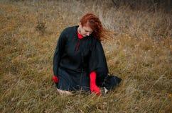 Frau in den roten Handschuhen Stockbilder