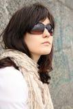 Frau in den Sonnenbrillen Lizenzfreies Stockbild