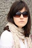 Frau in den Sonnenbrillen Lizenzfreie Stockfotografie