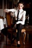 Frau in der Art und Weisekleidung lizenzfreie stockfotos