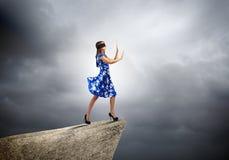 Frau in der Augenbinde Lizenzfreie Stockfotos