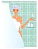 Frau in der Dusche Lizenzfreies Stockfoto