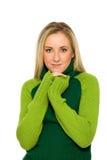 Frau in der grünen Strickjacke lizenzfreies stockfoto
