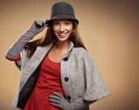 Frau in der Herbstfarbe Beschneidungspfad eingeschlossen Lizenzfreie Stockfotos