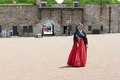 Frau in der historischen Kleidung Stockfotografie
