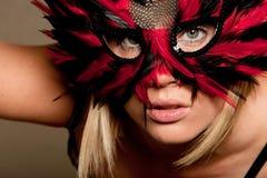 Frau in der Karnevalsschablone Stockfoto
