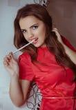 Frau in der Modekleidung Lizenzfreies Stockfoto