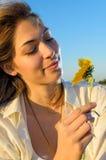 Frau in der Natur Stockfotografie