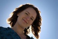 Frau in der Sonne Lizenzfreie Stockbilder