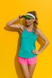 Frau in der vibrierenden Sport-Kleidung Stockbilder