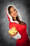Frau in der Weihnachtszeit Lizenzfreies Stockbild