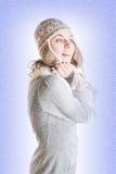 Frau in der Winterkleidung stockbilder