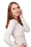 Frau, die auf Handy spricht Lizenzfreies Stockfoto