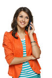 Frau, die auf Mobiltelefon spricht Stockbilder