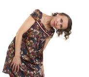 Frau, die in der Richtung ihres Kopfes bis eine sich lehnt lizenzfreies stockbild