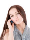 Frau, die durch Telefon spricht Stockfoto