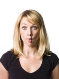 Frau, die ein lustiges Gesicht bildet Stockfoto