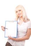 Frau, die eine Fahne anhält Lizenzfreies Stockfoto
