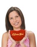 Frau, die eine Liebesmeldung sendet Lizenzfreies Stockfoto
