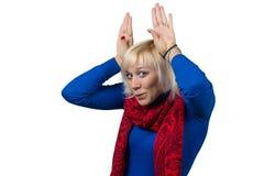 Frau, die Gesichter macht Lizenzfreie Stockfotografie