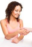 Frau, die Hand rüttelt Stockbilder