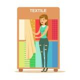 Frau, die Textiltextilkaufmänner, lächelnden Käufer im Möbel-Shop-Einkaufen für Haus-Dekor-Elemente wählt vektor abbildung