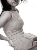 Frau, die unter Rückenschmerzrückenschmerzen leidet Lizenzfreies Stockbild