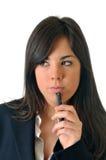 Frau durchdacht mit Mobile Stockfoto