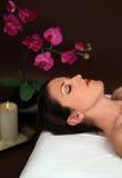 Frau in einem Badekurort Stockfotografie