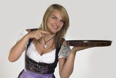 Frau in einem Dirndl Lizenzfreie Stockfotografie
