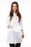 Frau in einem weißen medizinischen Mantel Stockbild