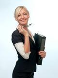 Frau in einer Klage mit Gläsern Lizenzfreie Stockbilder