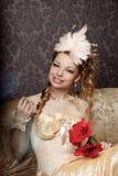 Frau in einer luxuriösen Weinleseart stockbilder