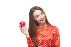 Frau essen roten Apfel Lizenzfreies Stockfoto
