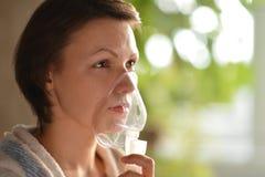 Frau fiel krank Lizenzfreie Stockfotos