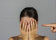 Frau, Gewalttätigkeit Lizenzfreies Stockfoto