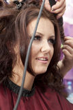 Frau am Haarsalon Stockfoto